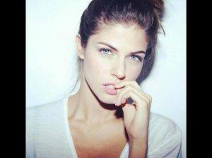 Stephanie_Cayo