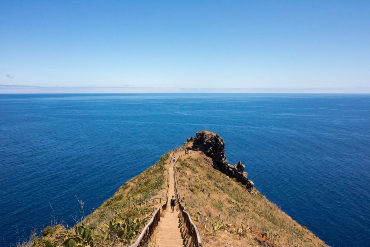 Путь-ведущий-к-синему-океану-на-кристо-рей-точка зрения-Мадейра-маршрут-7 дней