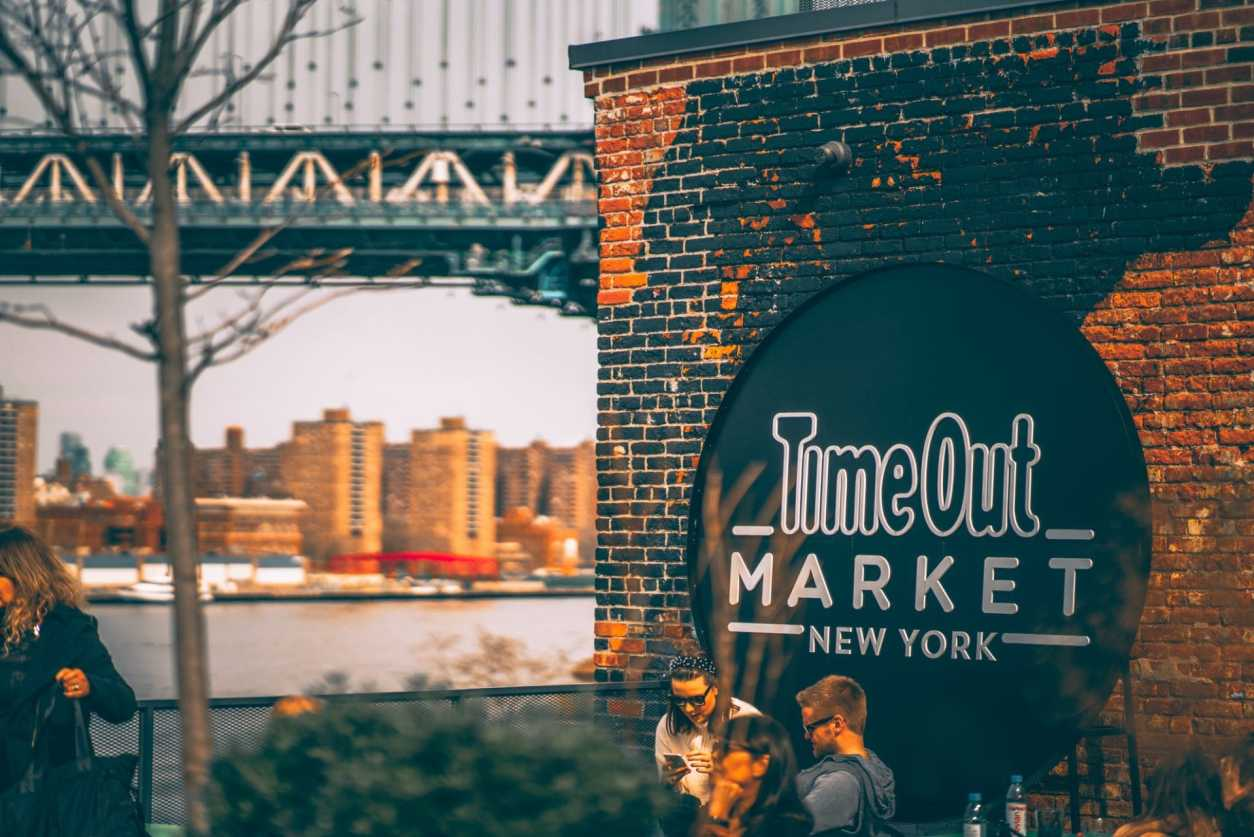 view-from-time-out-market-new-york-rooftop-brooklyn-with-manhattan-bridge-in-background
