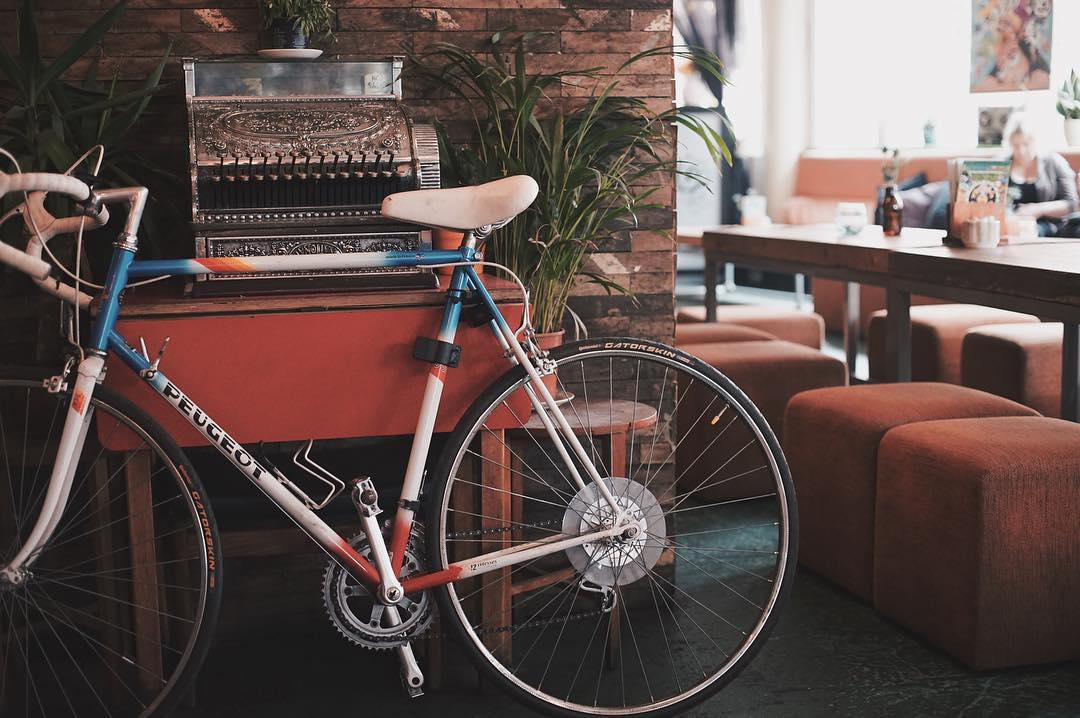 bike-and-typewriter-in-cafe-outlaws-yacht-club