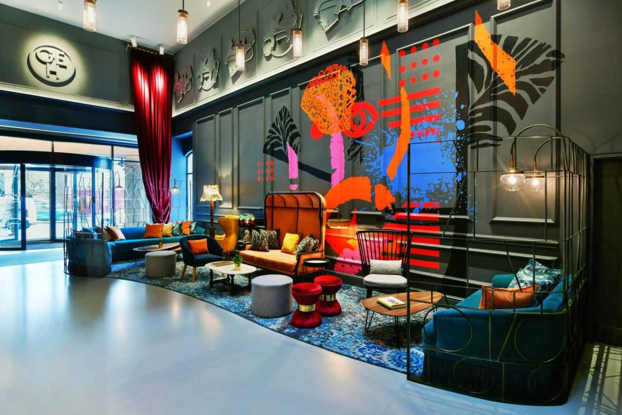 colourful-reception-at-andaz-liverpool-street-quirky-london-hotels