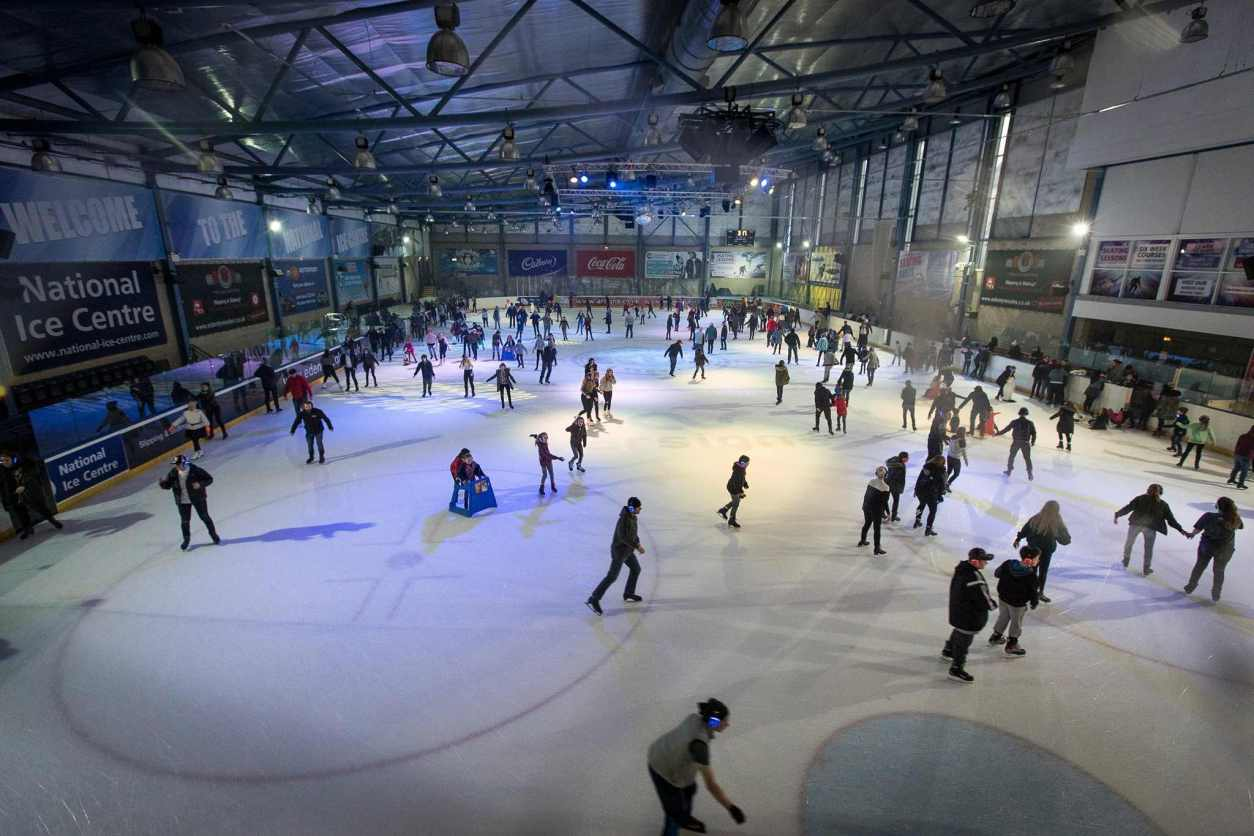 people-skating-at-indoor-national-ice-centre-indoor-activities-nottingham