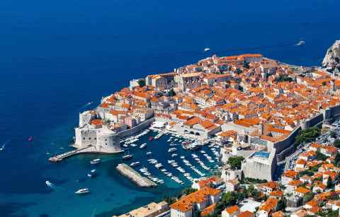 aerial-view-of-orange-roofs-of-dubrovnik-by-blue-sea-3-days-in-dubrovnik-itinerary