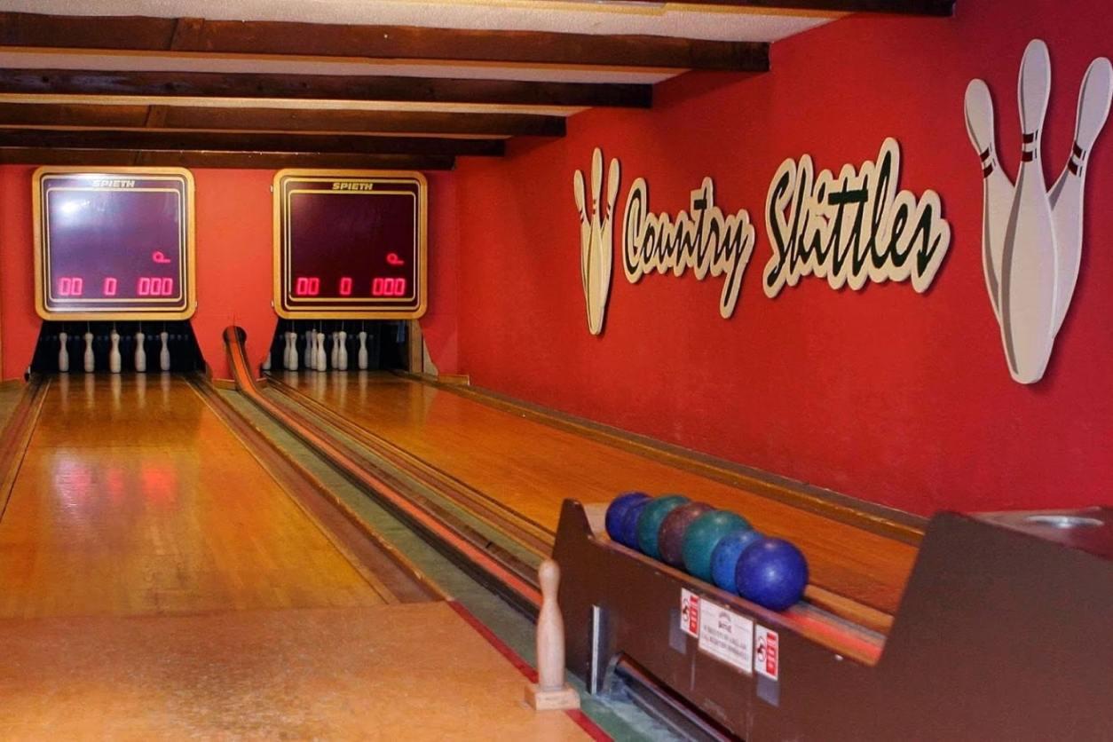 nine-pin-bowling-lane-at-country-skittles-indoor-activities-cornwall