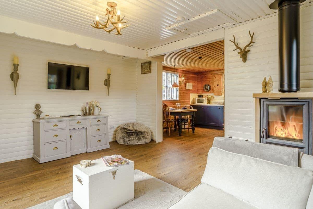 modern-white-living-area-inside-hadrians-garden-hygge-cabin