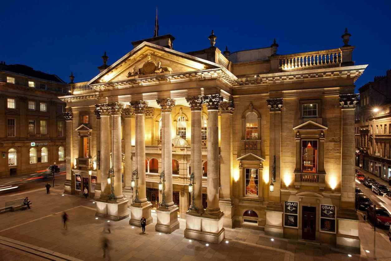 newcastle-theatre-royal-lit-up-at-night