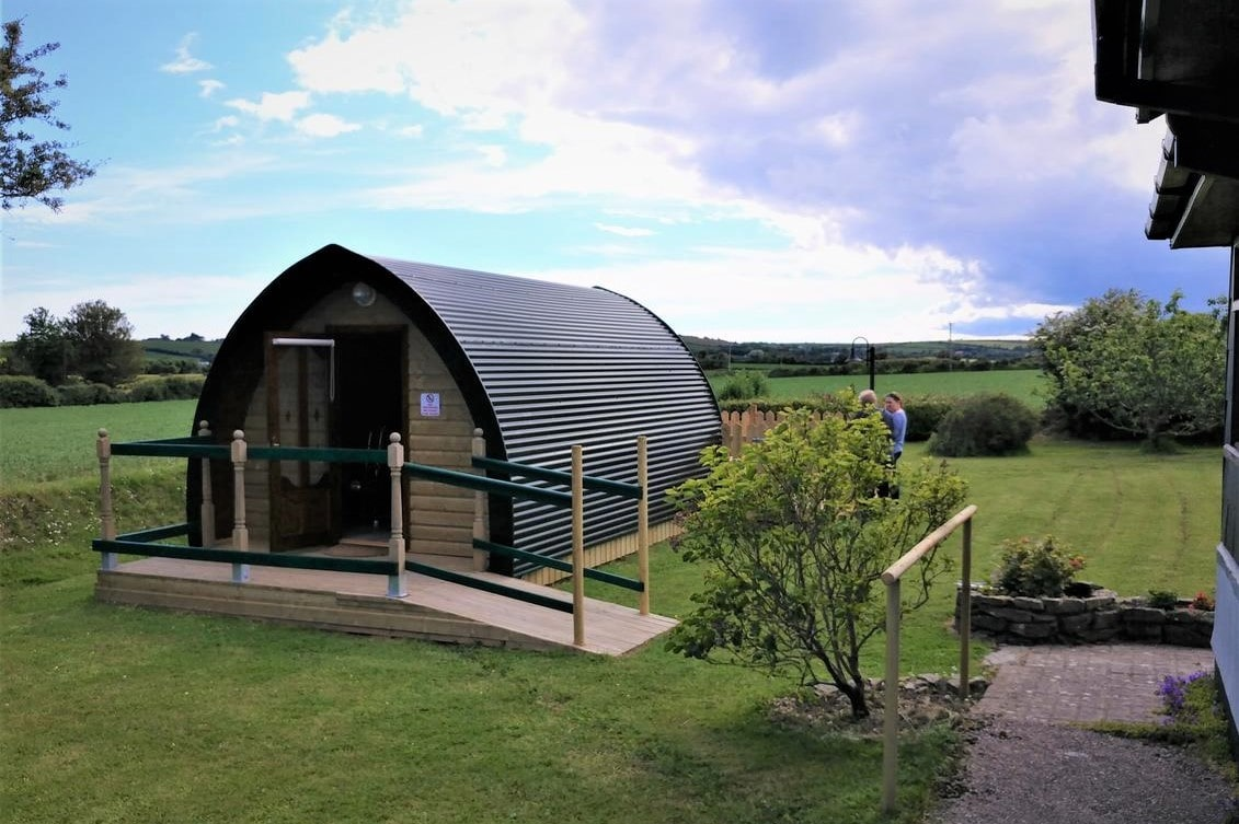shanagarry-ballycotton-glamping-pod-in-field