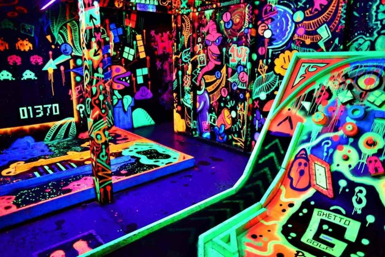 ©ghetto-golf-indoor-crazy-golf-lit-up-by-bright-neon-colours-things-to-do-in-birmingham-at-night
