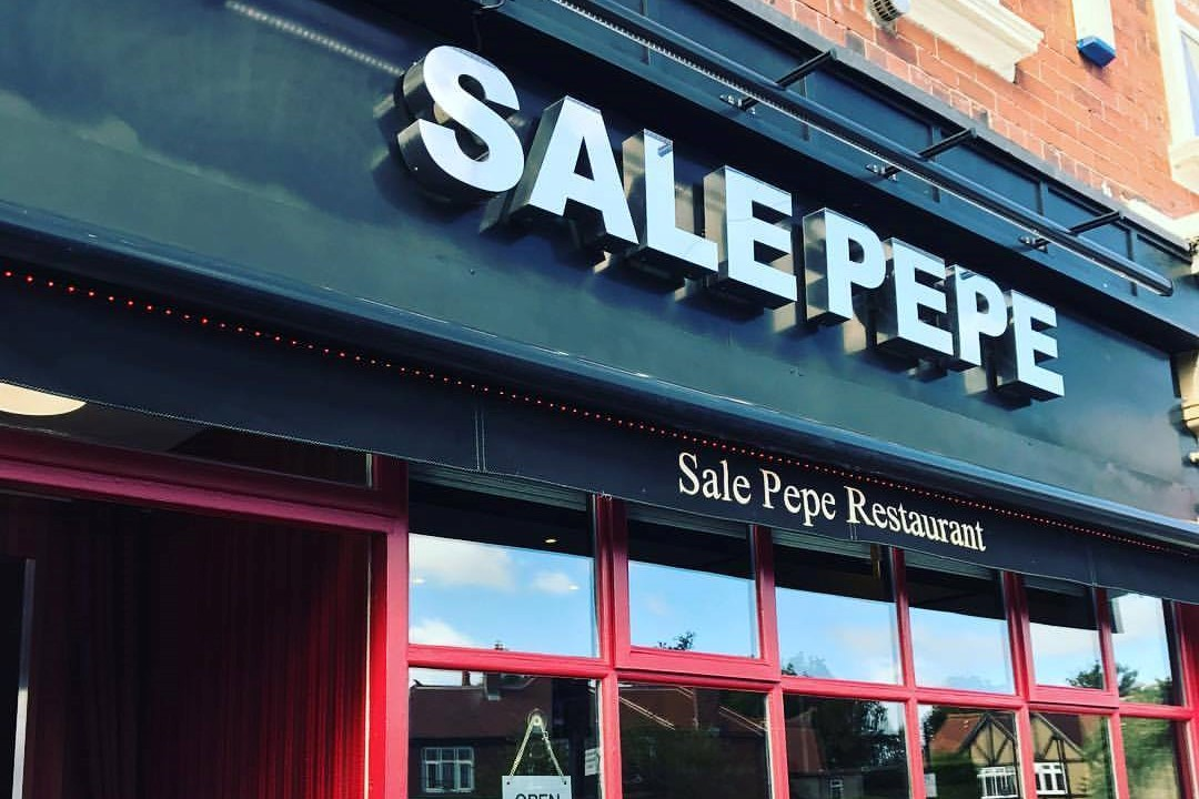 black-and-red-exterior-of-sale-pepe-restaurant