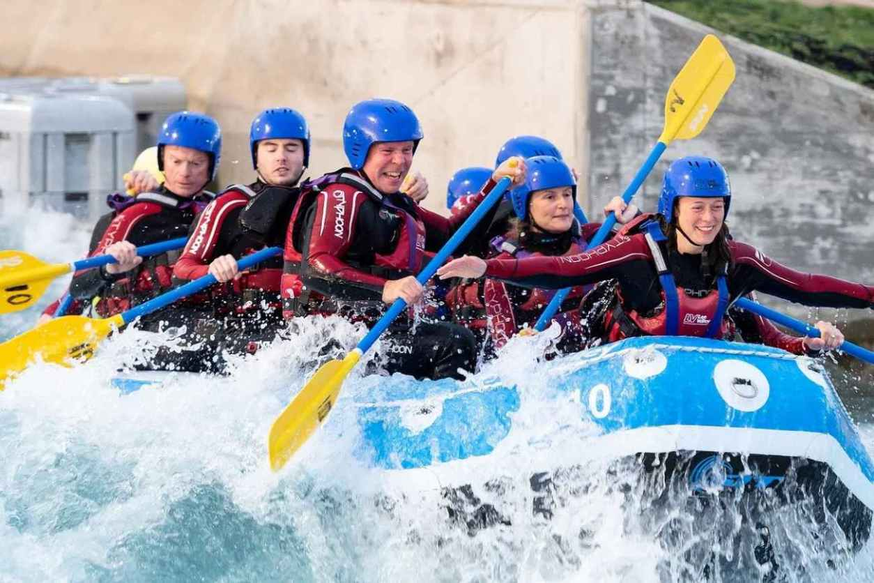 group-of-people-in-boat-at-lee-valley-white-water-adventure