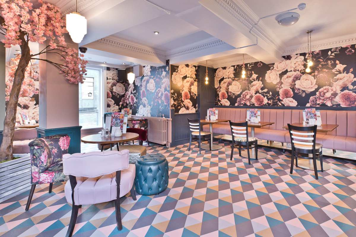 restaurant-tables-inside-pink-floral-slug-and-lettuce-bar-bottomless-brunch-newcastle