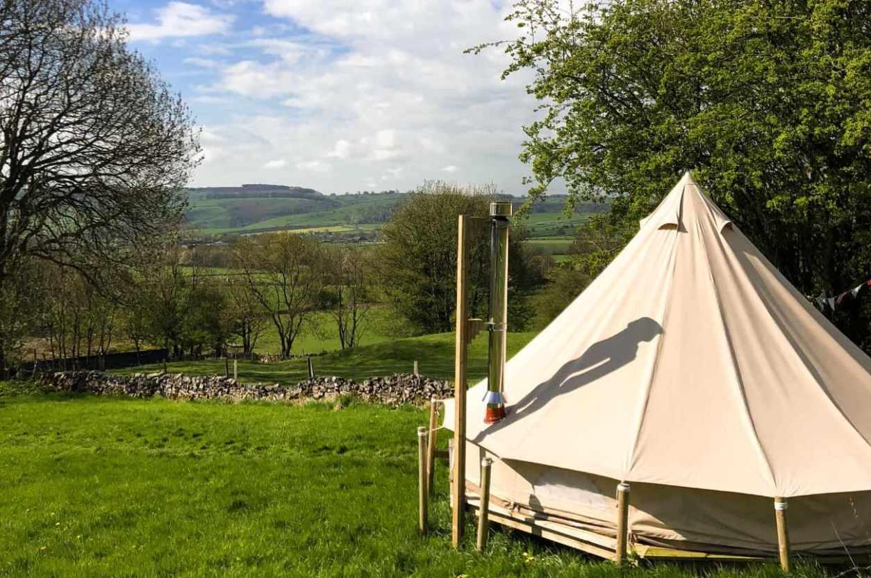 dale-farm-rural-bell-tent-overlooking-fields