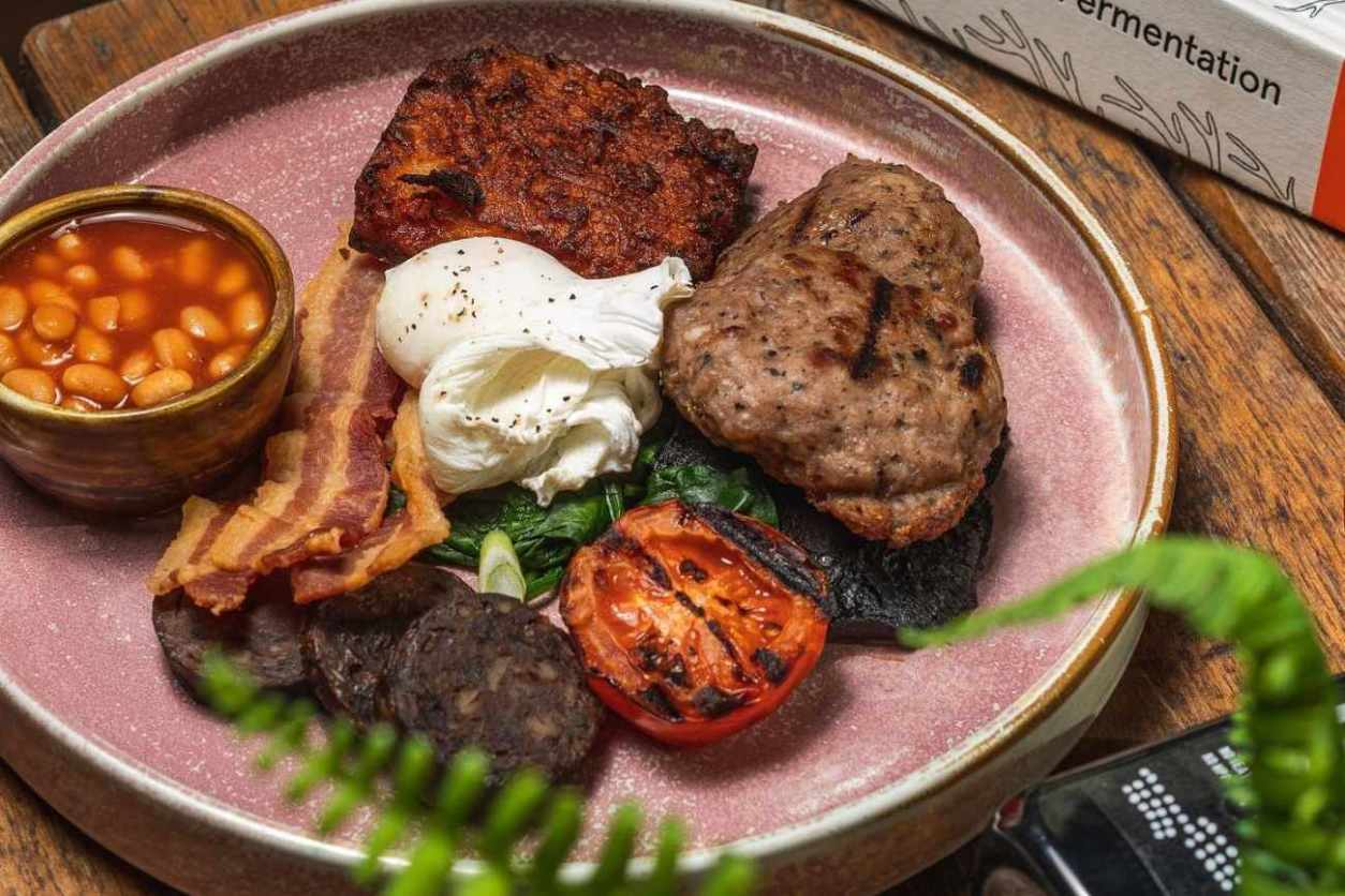 full-english-breakfast-on-plate-at-foodwell