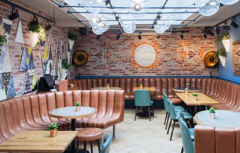 interior-of-all-bar-one-with-booths-and-tables-bottomless-brunch-norwich