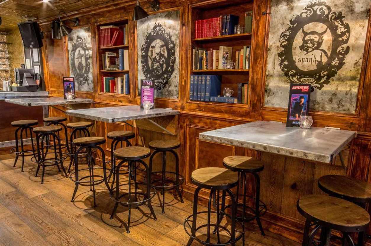 restaurant-tables-inside-adventure-bar