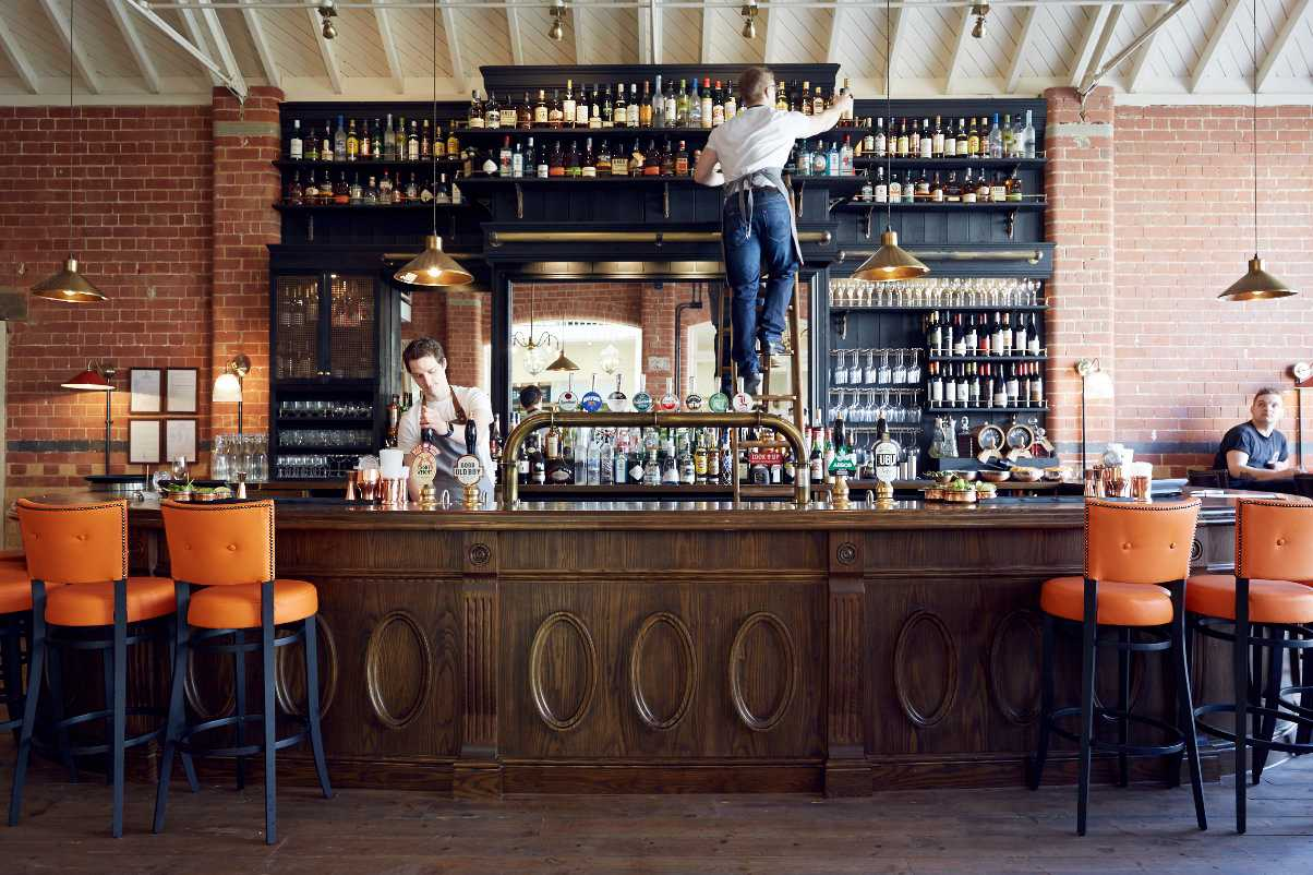 bartenders-behind-the-bar-in-the-fire-station