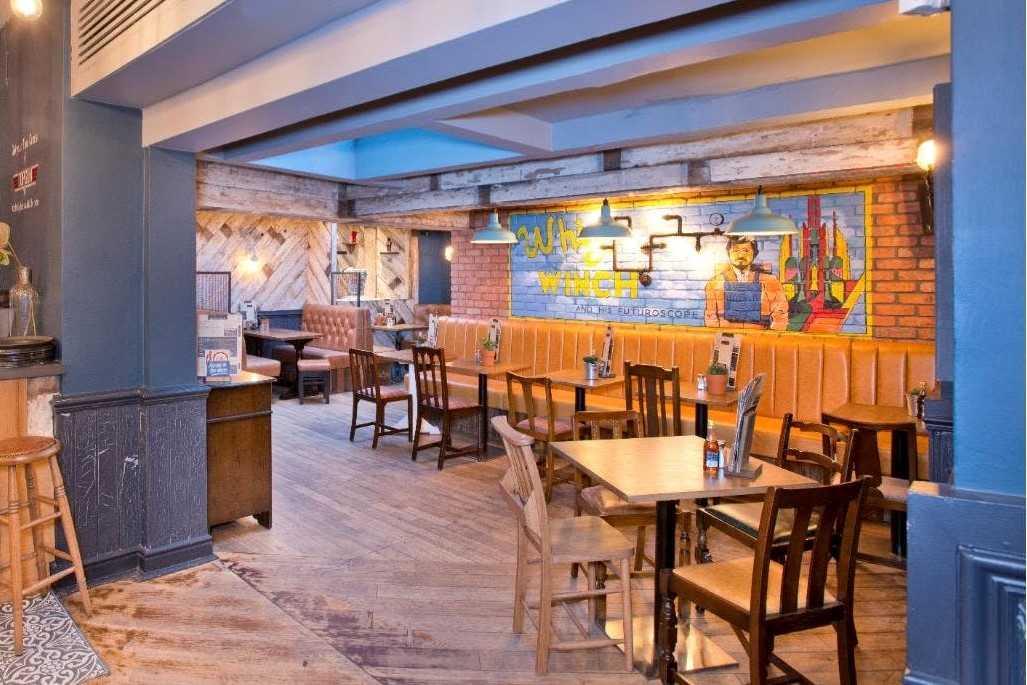 interior-of-the-whittle-taps-restaurant-bottomless-brunch-cheltenham