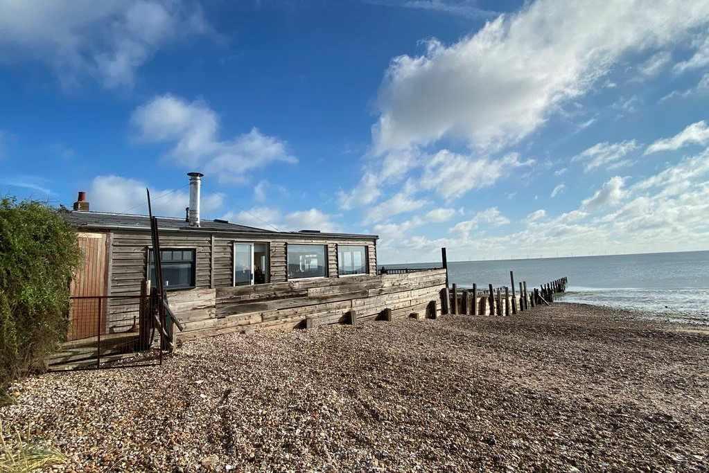 sandy-toes-beach-house-at-shellbeach-house