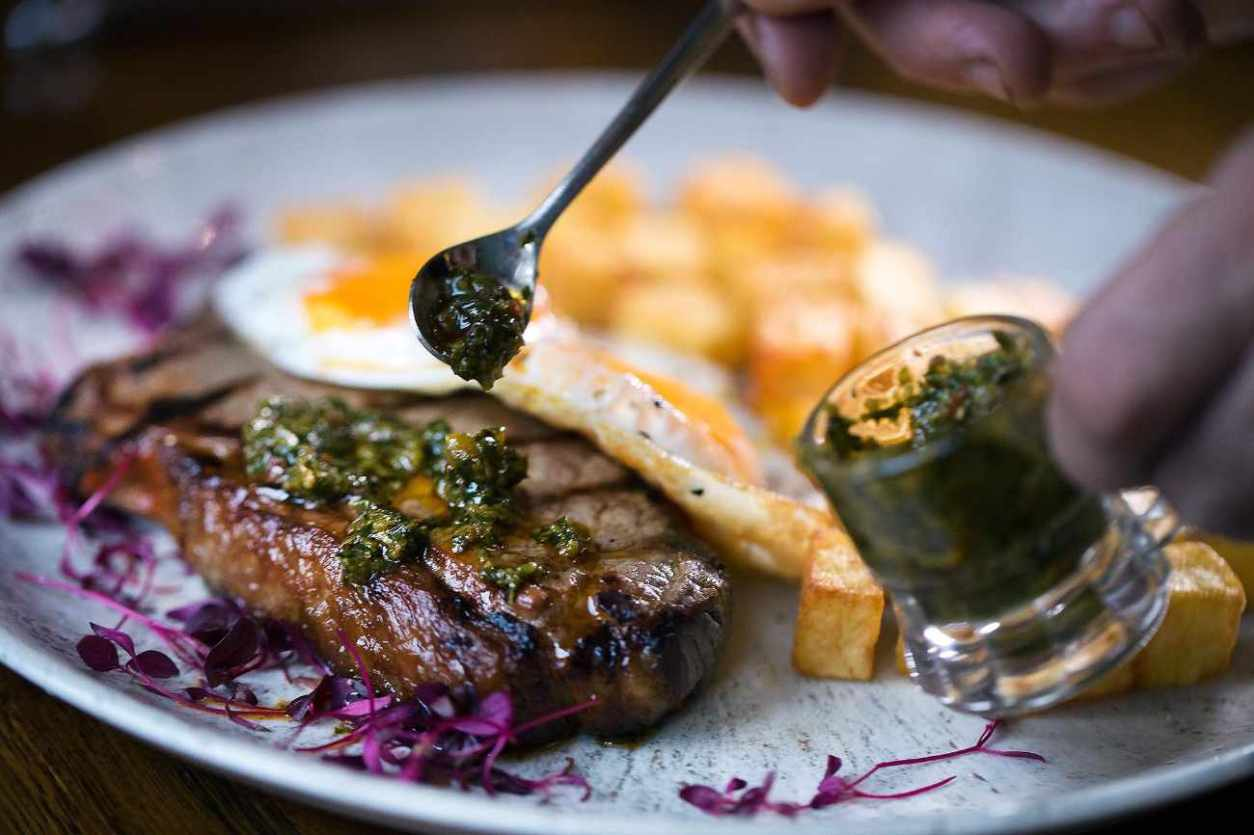 steak-egg-and-chips-at-cafe-malbec-bottomless-brunch-brighton