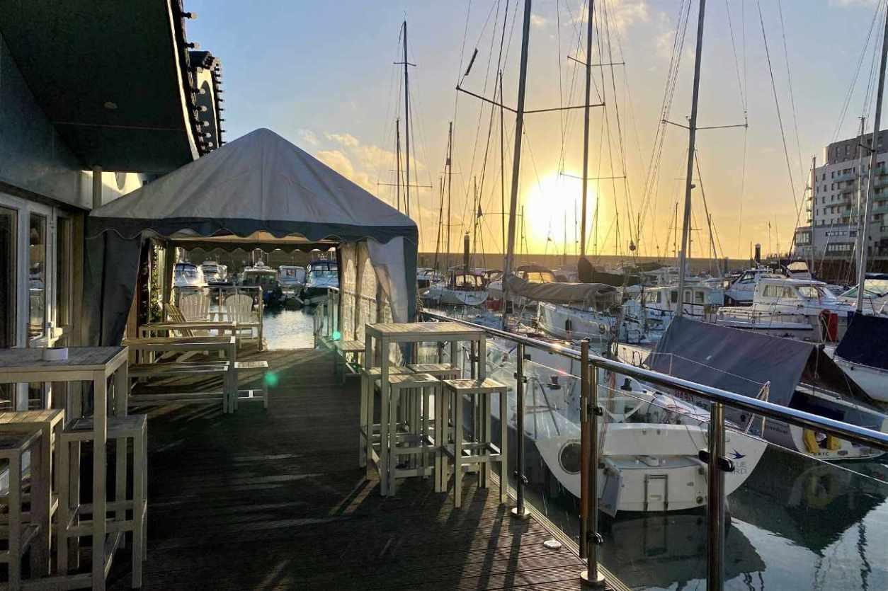 the-watershed-at-brighton-marina-yacht-club