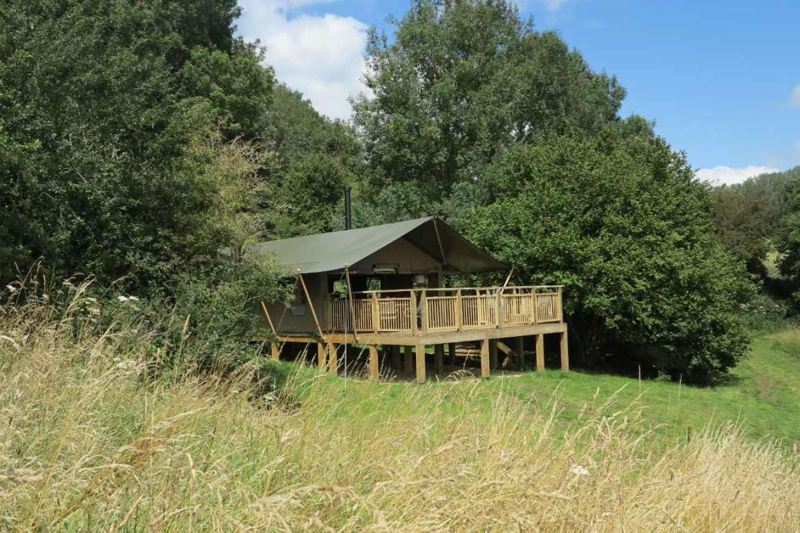 toadsmoor-safari-tent-at-middle-lypiatt-glamping