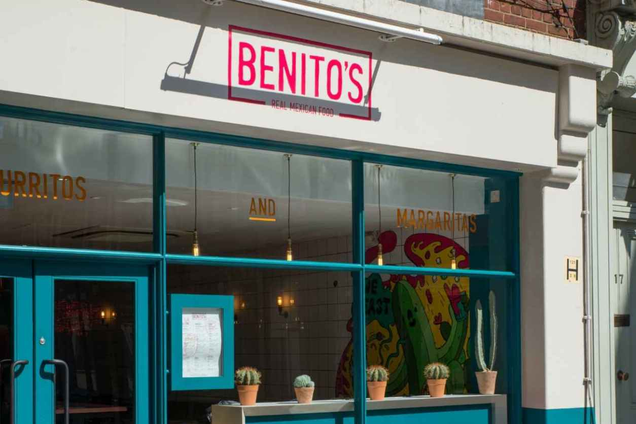 exterior-of-benitos-real-mexican-food