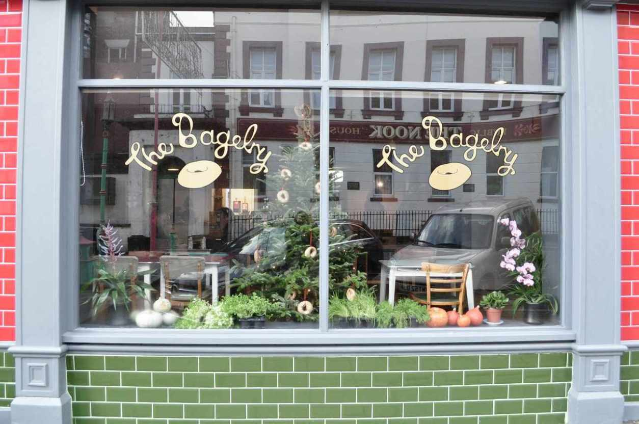exterior-of-the-bagelry-cheap-eats-liverpool