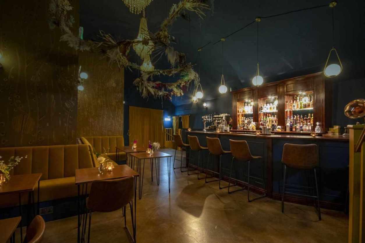 interior-of-true-loves-bar-best-bars-sheffield