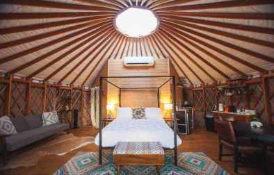 yurt-in-the-trees-glamping-texas