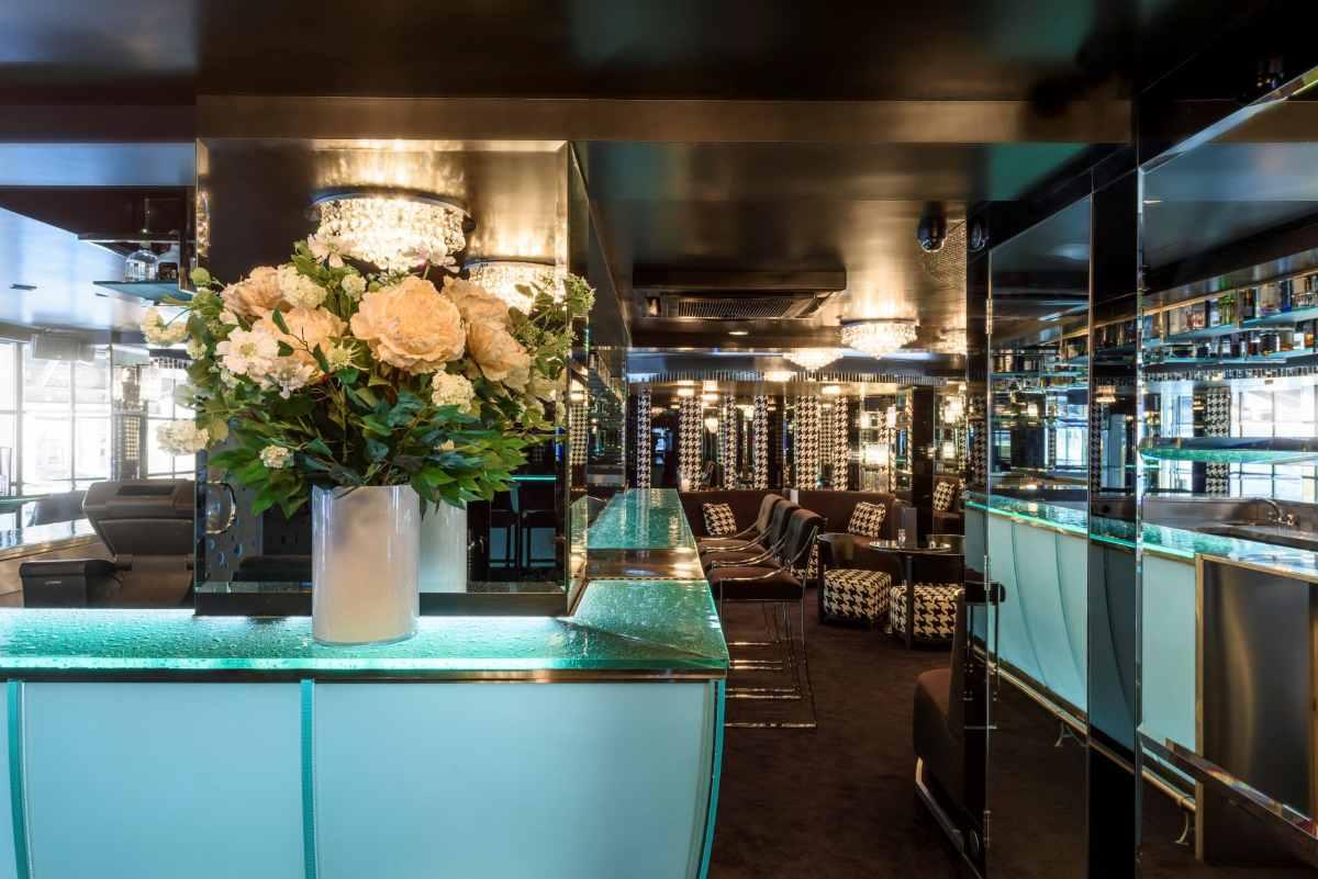 bar-inside-gaúcho-sloane-avenue