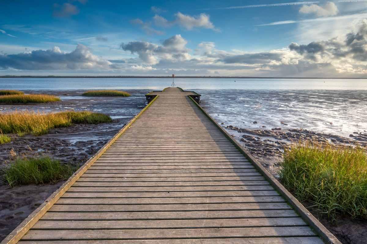 lytham-beach-jetty-on-sunny-day-at-sunset