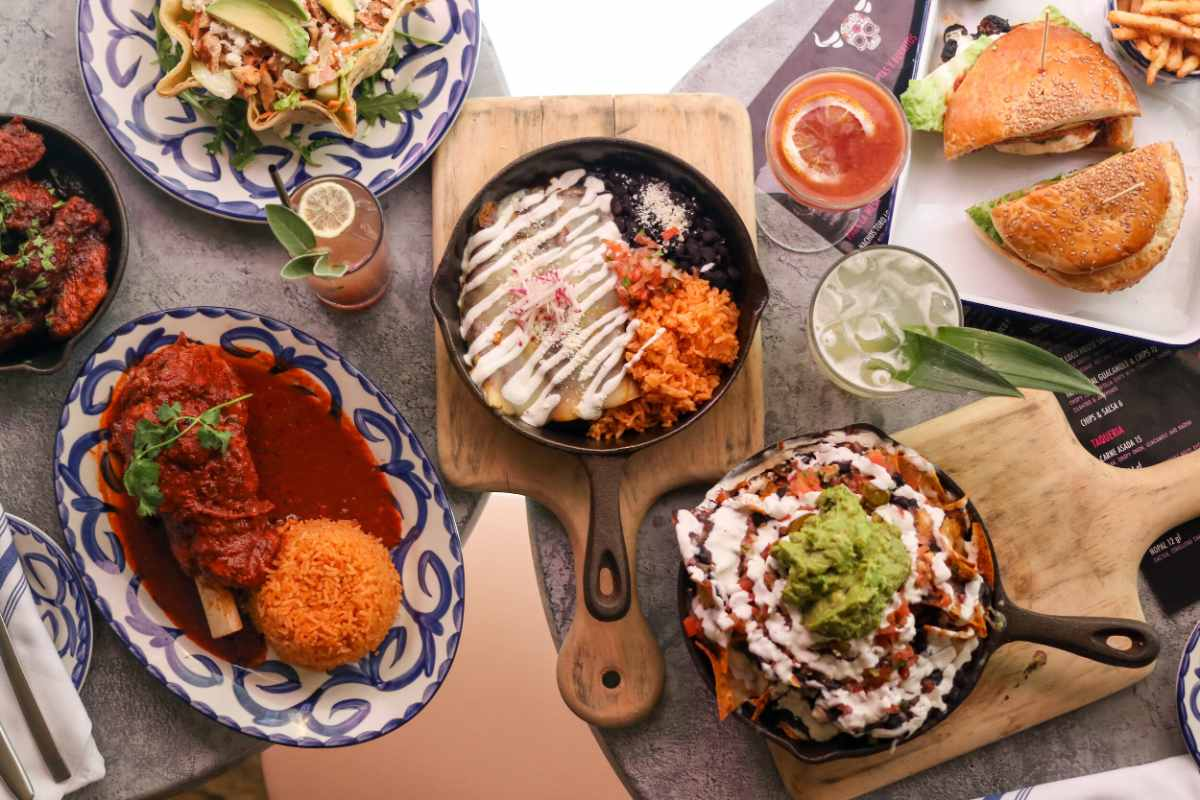 bowls-of-food-at-toro-loco-mexican-restaurant