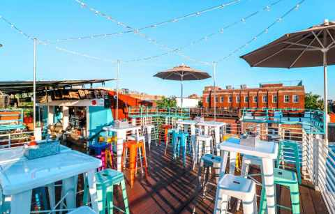 cortez-rooftop-bar-on-sunny-day-bottomless-brunch-dc