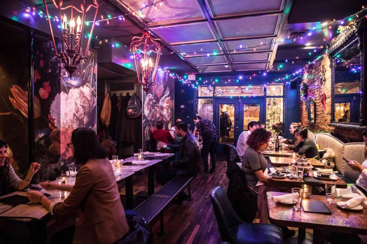 interior-of-bar-charley-restaurant-bottomless-brunch-dc