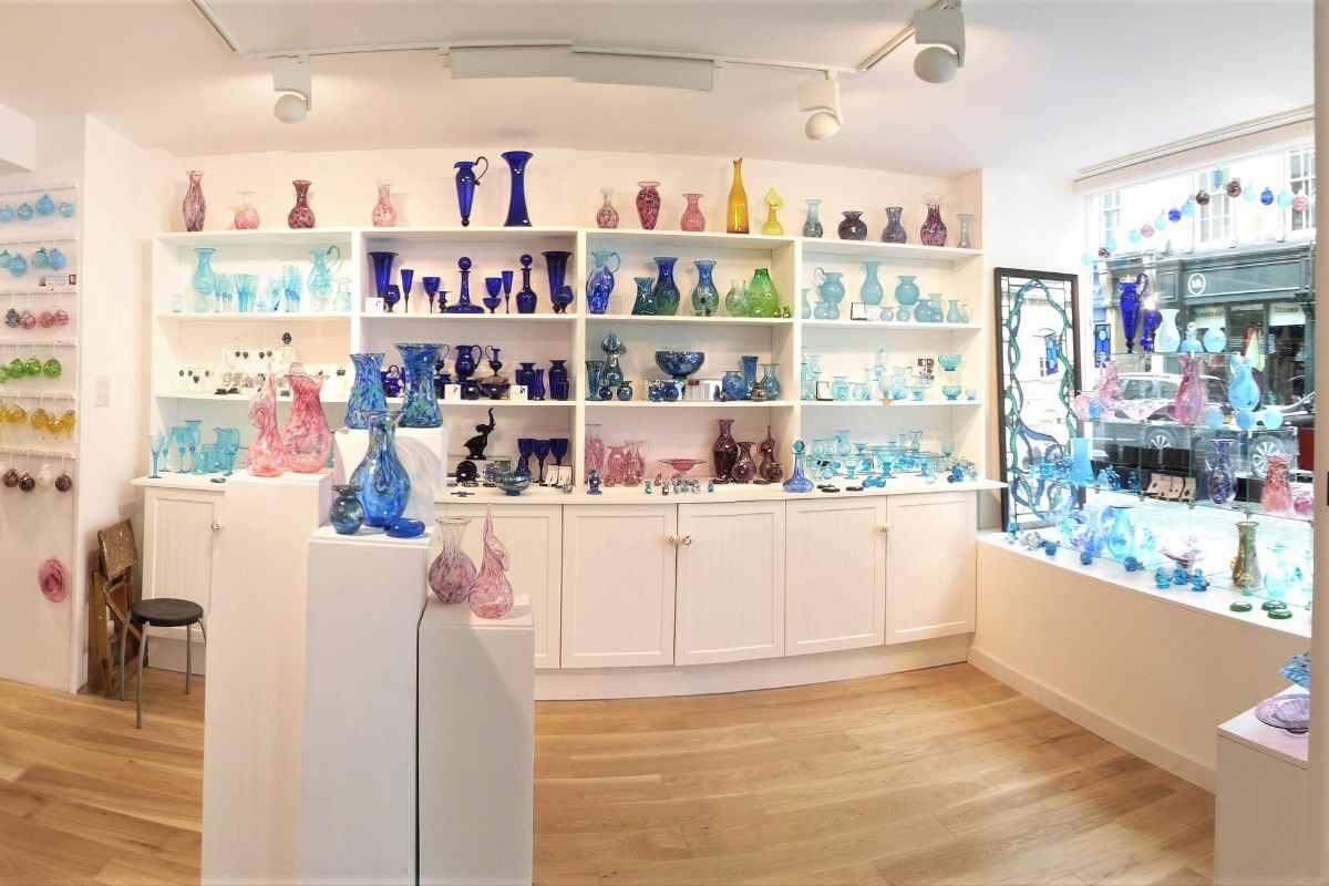 interior-of-bath-aqua-glass-shop