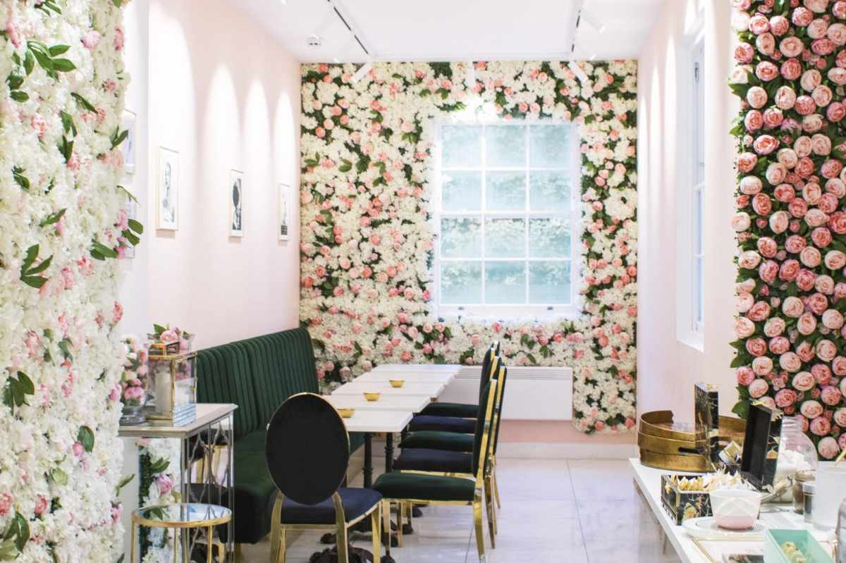 interior-of-saint-aymes-instagrammable-cafes-london