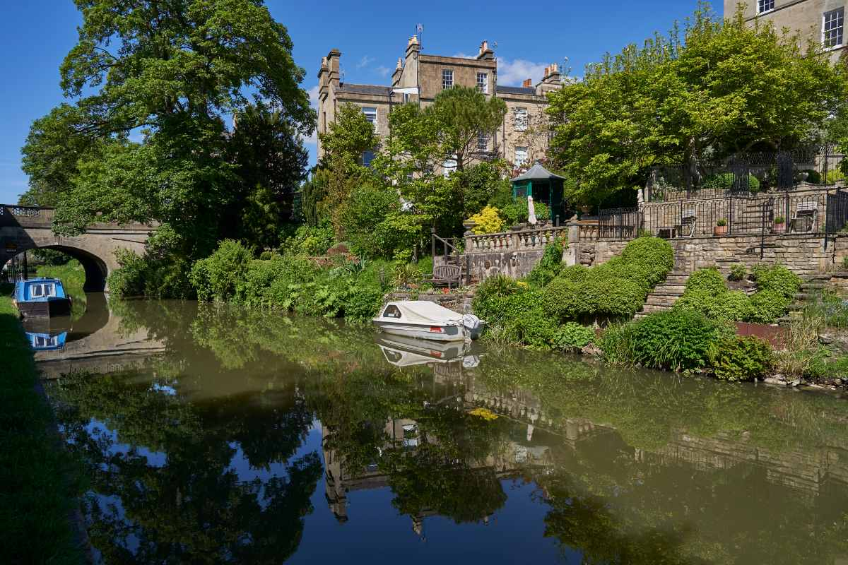 kennet-and-avon-canal-path-free-things-to-do-in-bath