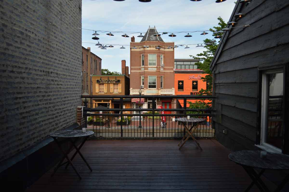 outdoor-terrace-with-tables-at-cava-mezze-restaurant