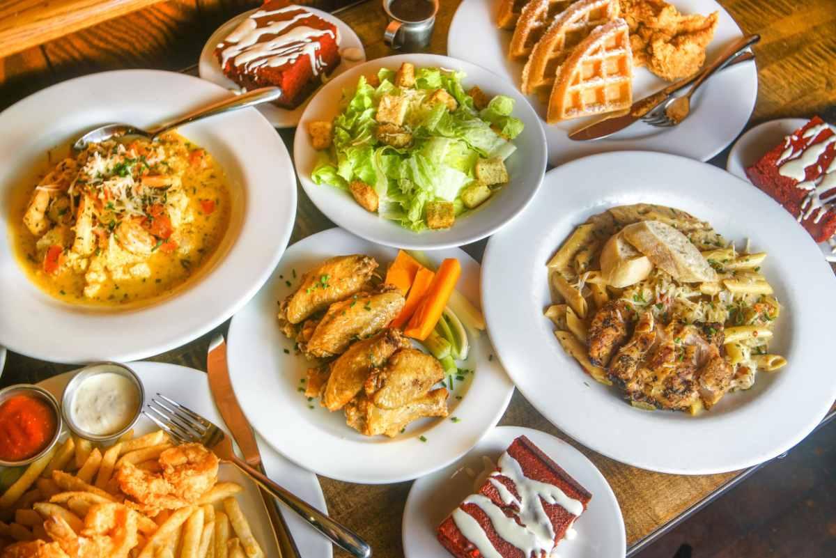plates-of-food-at-bens-next-door-restaurant