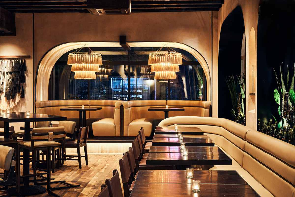 tables-inside-dleña-restaurant-bottomless-brunch-dc