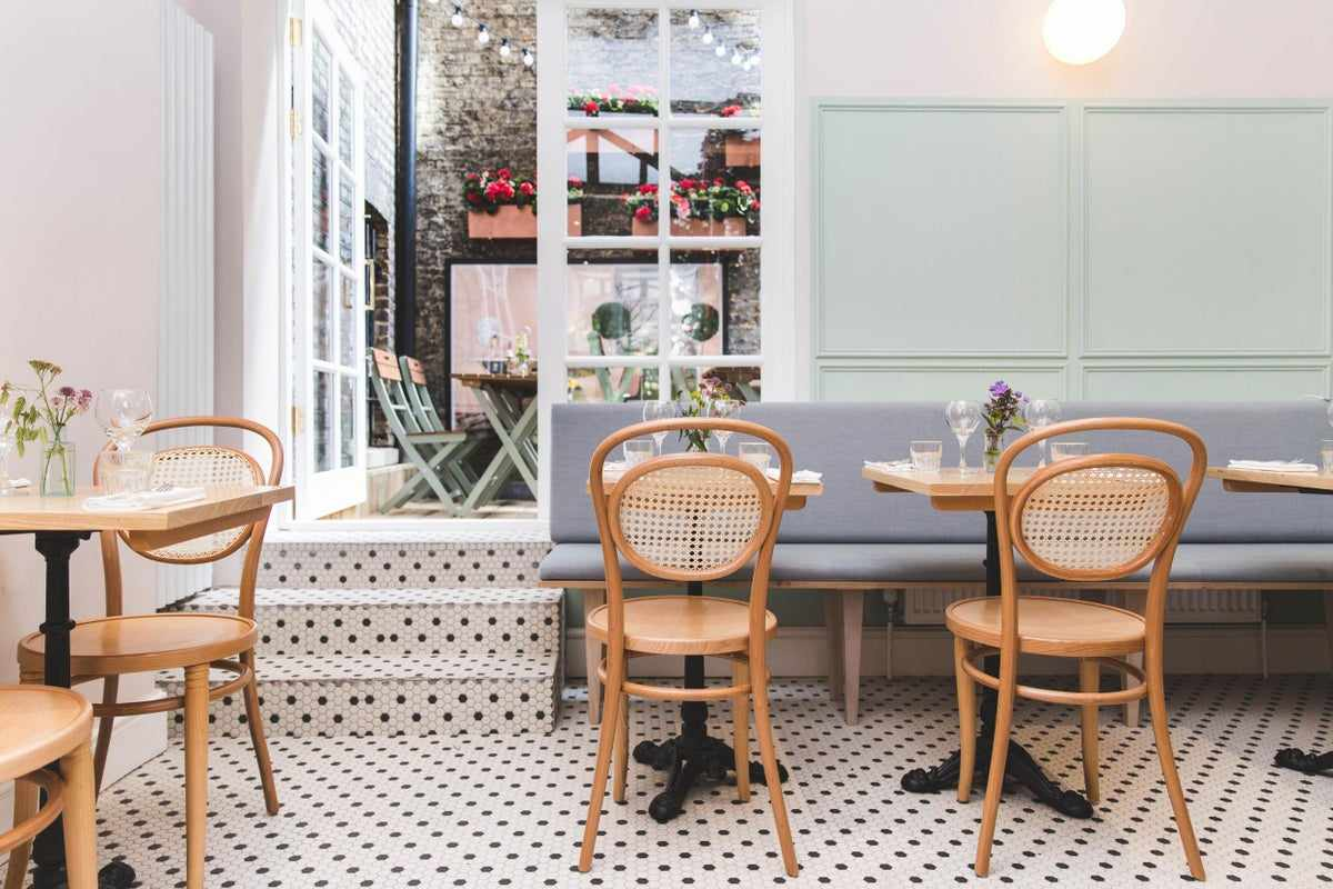 tables-inside-minnow-clapham-instagrammable-cafes-london