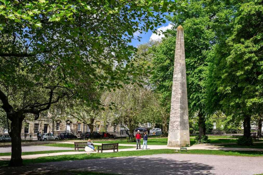 the-obelisk-in-queen-square-park-on-sunny-day