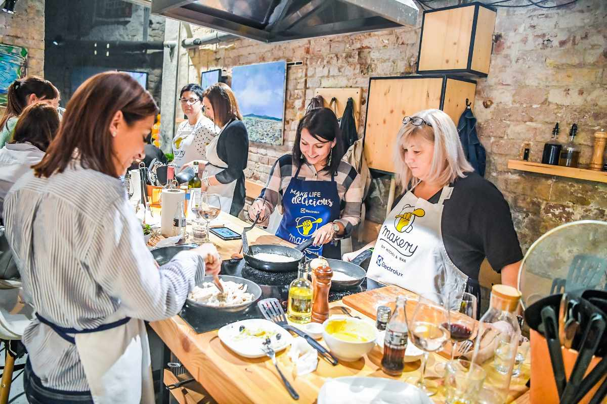 women-cooking-at-budapest-makery-indoor-activities-budapest