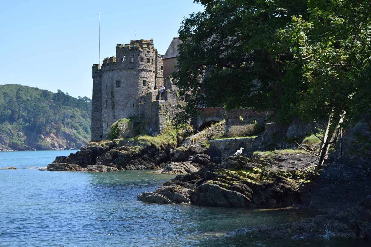side-of-dartmouth-castle-by-sea