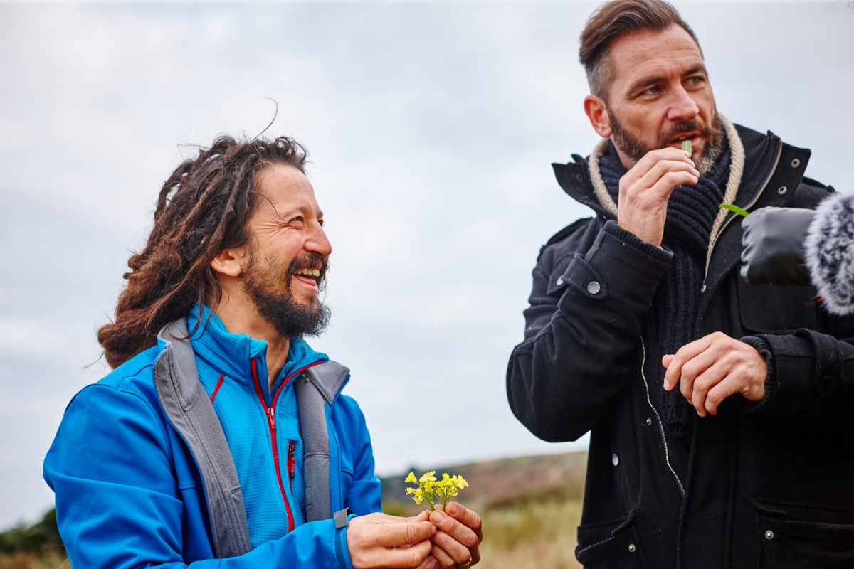 wild-food-foraging-with-wild-adventures-jersey