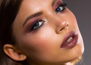 Hautalterung vorbeugen: Tipps gegen Falten