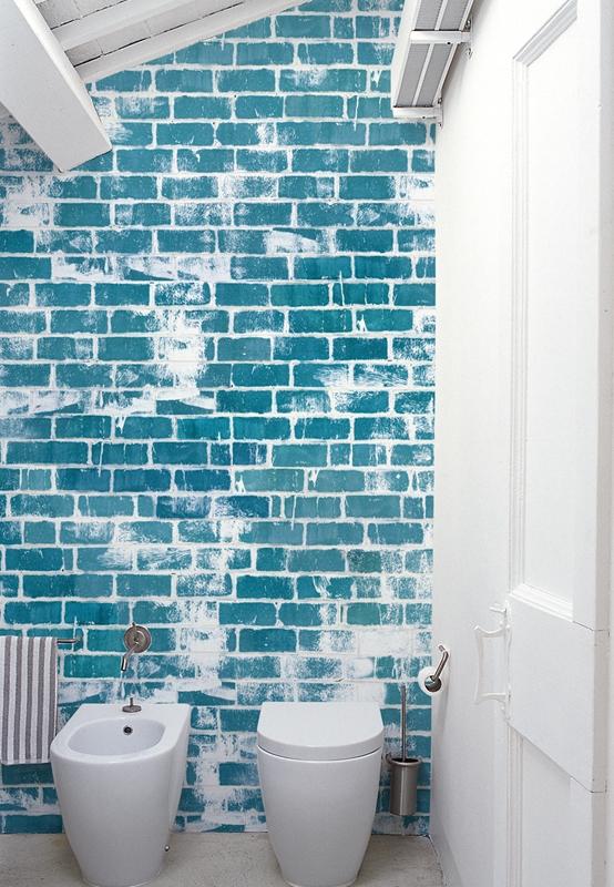 fugenloses bad m. tapeten von wall&deco | farbefreudeleben, Badezimmer gestaltung