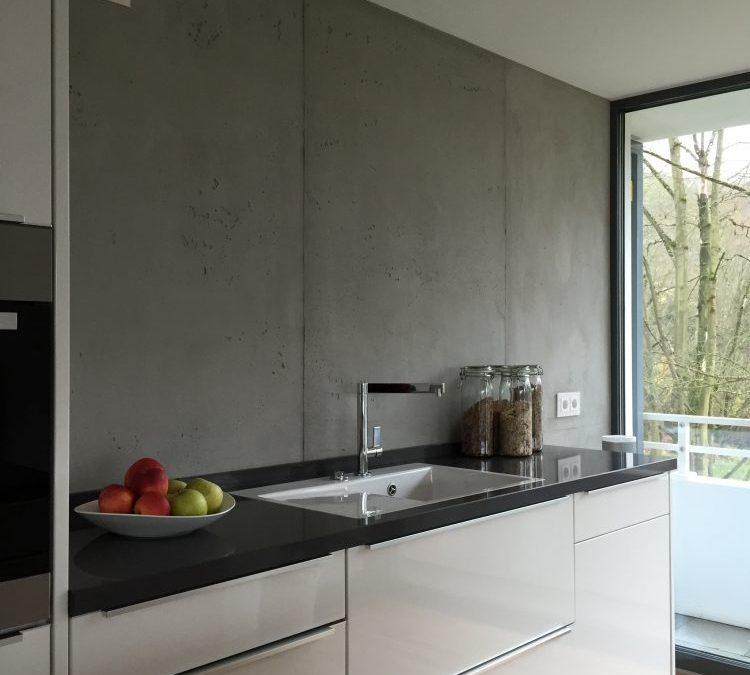Betonoptik die trendige wandgestaltung farbefreudeleben for Fliesen betonoptik kuche