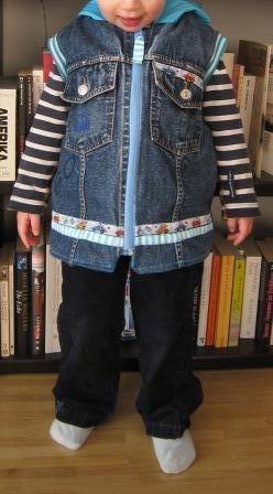 Weste aus Jeans recycelt, Schnittmuster farbenmix