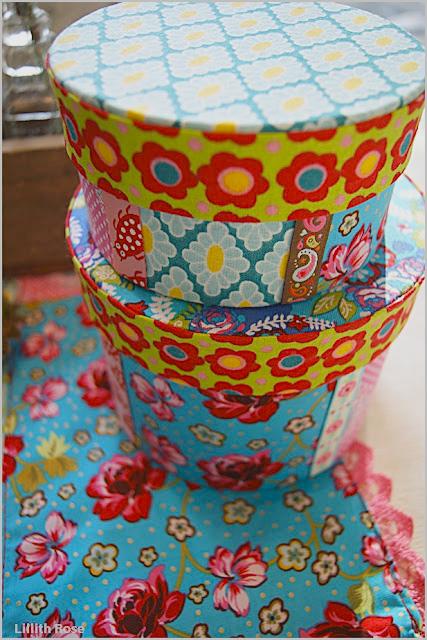 Dosen und Schachteln mit Stoff beziehen, farbenmix